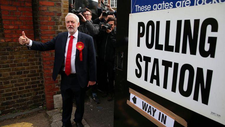 Jeremy Corbyn net nadat hij zijn stem heeft uitgebracht. Beeld afp