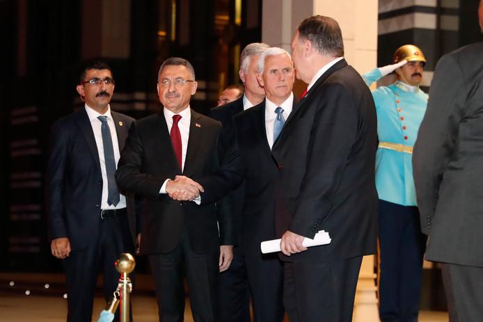 Vicepresident Mike Pence na de ontmoeting met de Turkse leider Erdogan.