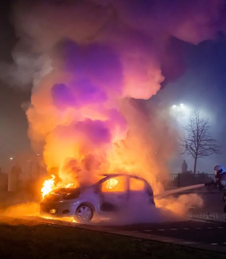 Nieuwe bewoners Viaanse wijk overwegen verhuizing na helse jaarwisseling: 'Het leken wel bommen'
