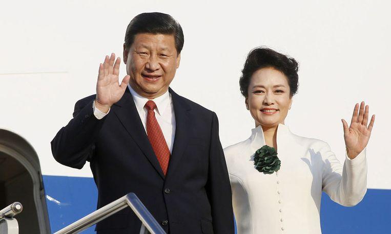 De Chinese president Xi Jinping met zijn echtgenote Peng Liyuan. Beeld epa