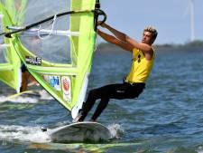 Badloe neemt leiding bij WK windsurfen, Van Rijsselberghe derde