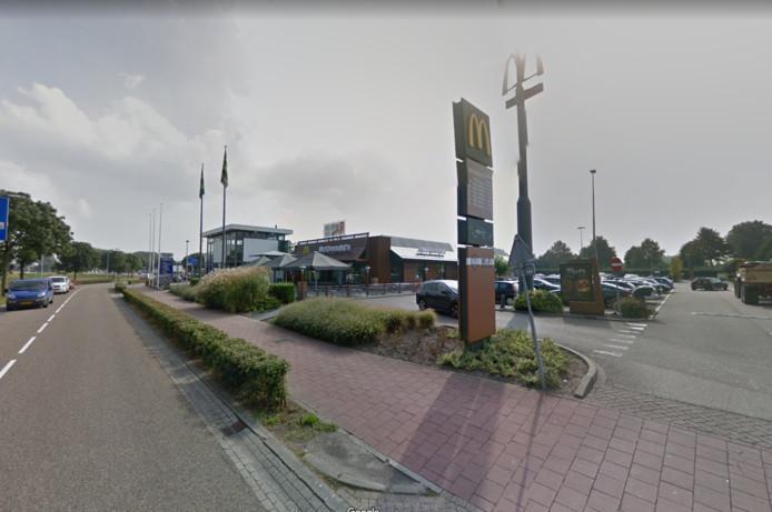 Mc Donalds in Waalwijk wordt groter en krijgt een Mc Café.