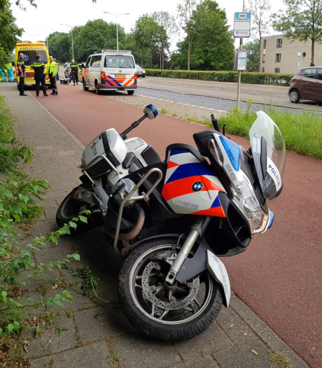 Ongeval met politiemotor en bezorgfiets in Nijmegen