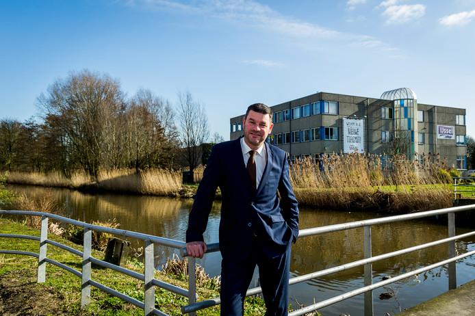 Wethouder Dick van Sluis denkt dat de nieuwbouw in Oeverrijk 'een geweldige uitstraling' heeft op de IJsselgemeente.