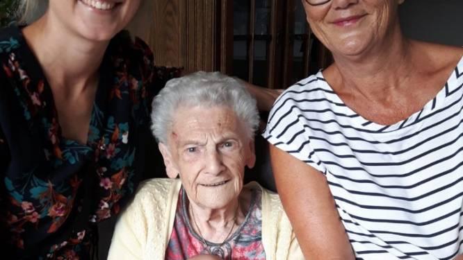 Eloise maakt viergeslacht compleet: 91 jaar verschil tussen Eloise en bomma Jetje