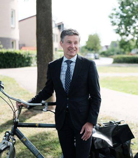 Huub Hieltjes na eerste honderd dagen als burgemeester Duiven: 'Cultuur hier is er duidelijk een van aanpakken'