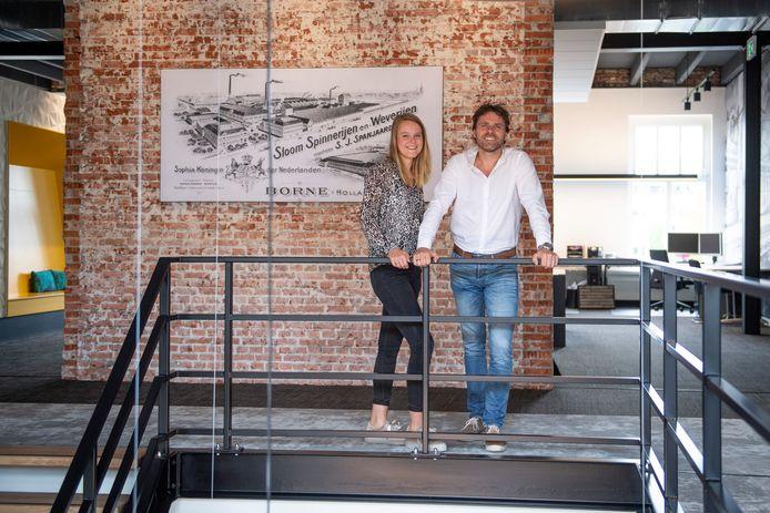 Dinant Oude Elferink (directeur) en Romy Oerbekke (commercieel manager) van Building Design Architectuur, betrokken bij ontwikkeling van bedrijventerrein De Krön II in Harbrinkhoek-Mariaparochie.