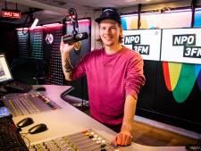 Radio-zenders in heel Europa draaien You'll never walk alone na idee van 3fm-dj Sander Hoogendoorn