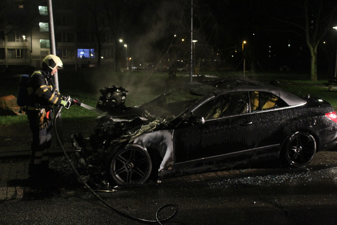 Autobrand in Overvecht