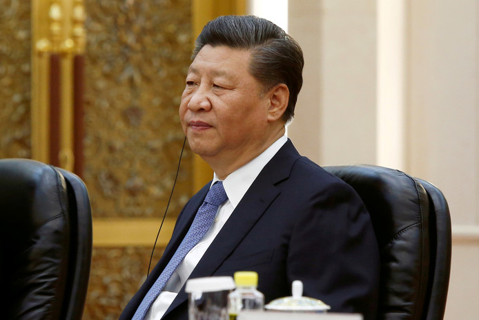 De Chinese president Xi Jinping is met de Verenigde Staten in een handelsoorlog verwikkeld.
