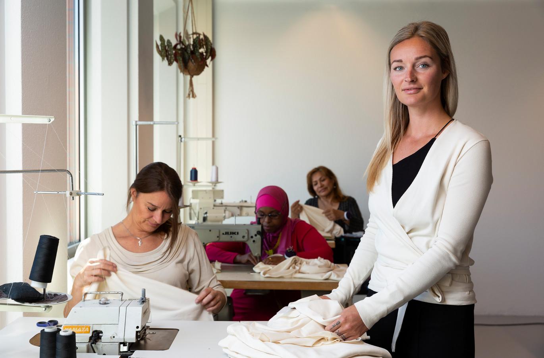 Giselle van der Star, oprichter van de Haagse Atelier Jungels. ,,Alles is hier duurzaam.''