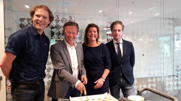 Wethouders Marcel Companjen (ChristenUnie), Gert Jan van Noort (HarderwijkAnders), Christianne van der Wal (VVD) en Jeroen de Jong (CDA) vormen de komende vier jaar het dagelijks bestuur van de gemeente Harderwijk.