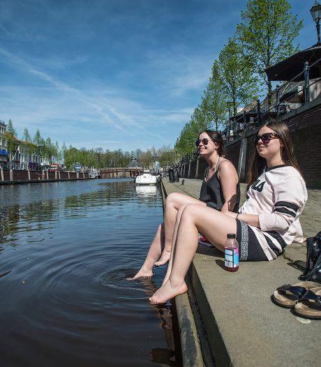 'Sfeervolle' diners aan lage kade haven Breda