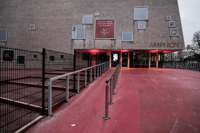 JV 19022018 Doetinchem Hekken Amphion / Nieuwe hekken rondom Amphion / Foto : jan ruland van den Brink