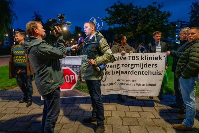 Constant Kusters staat de pers te woord.