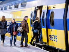 220 vluchten geschrapt en fors minder treinen door tweede zware storm van het jaar