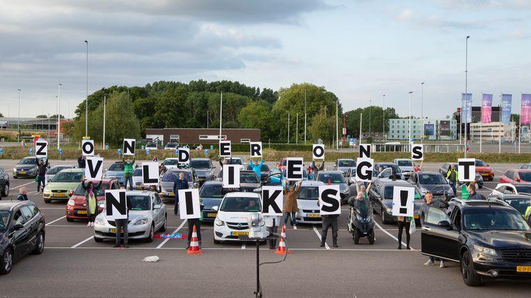 In juni voerden medewerkers van Schiphol actie voor betere bescherming tegen corona.  Beeld ANP