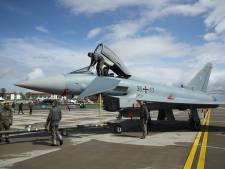 Tien landen oefenen redden van militairen vanaf Gilze-Rijen