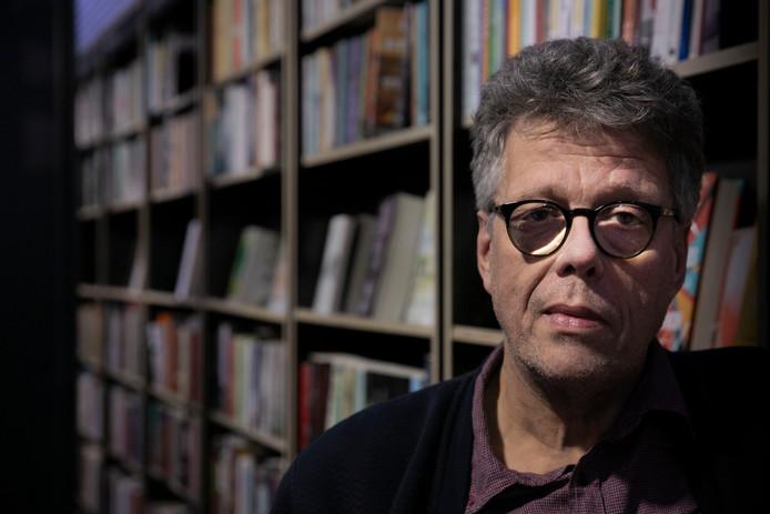 Ruud van Neerven wint EHV Gedicht-prijs.