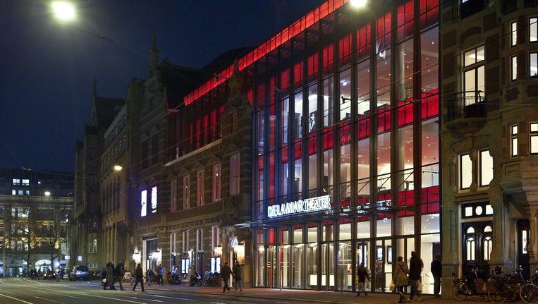 De Marnixstraat met rechts het DeLaMar Theater. Hier wil de gemeente nu een tramhalte hebben. Beeld Floris Lok