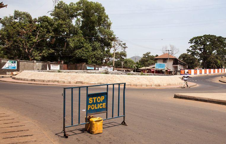 Verlaten straten in Sierra Leone. Beeld ap