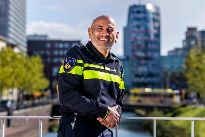 Politiechef Martin Sitalsing blikt terug op zijn eerste honderd dagen.