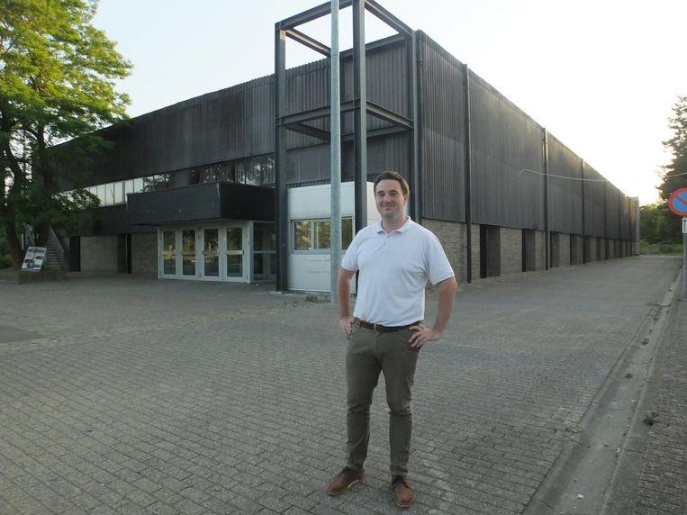 Cultuurschepen Rutger De Reu (CD&V) bij de Brielpoort.