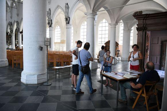 Leuvens stadsbestuur stelt kerken speciaal open voor verkoeling