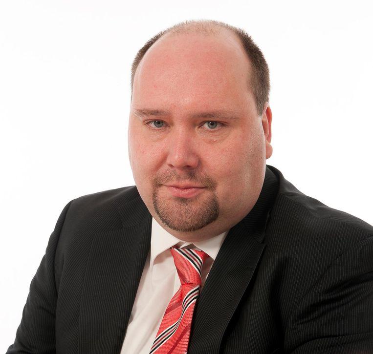 Geert Neirynck wil een samensmelting met Gent beletten.