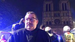 """Aalmoezenier redt iconische relieken uit brandende Notre-Dame: """"Hij is de absolute held"""""""