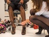 Schoenontwerpster Zeynep (29) wil wereld veroveren met torenhoge pumps voor mannen