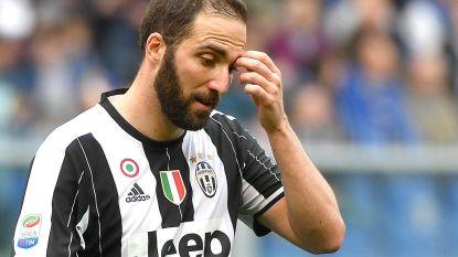 'Verrader' Higuain krijgt wel heel lachwekkende ontvangst bij ex-club Napoli