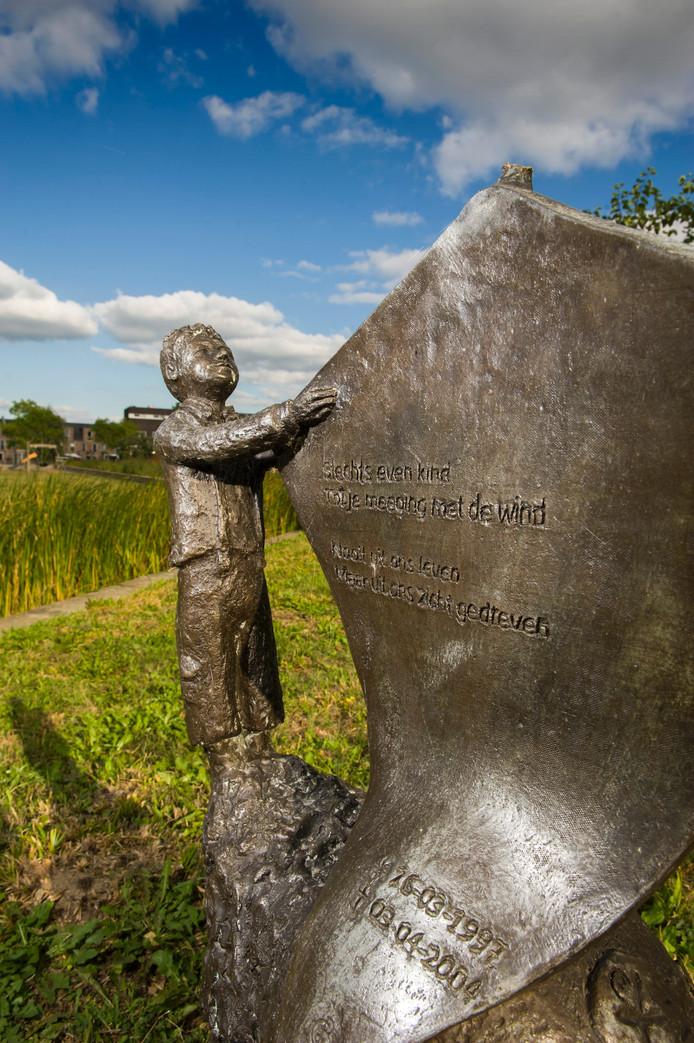 Het monumentje voor Luuk in het Deltapark.