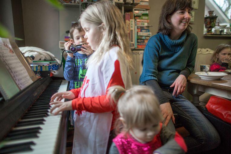 Sofia van Veen speelt piano Beeld Herman Engbers