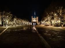Deventer ondergaat in alle rust avondklok: 'Treurig, maar ook historisch moment'