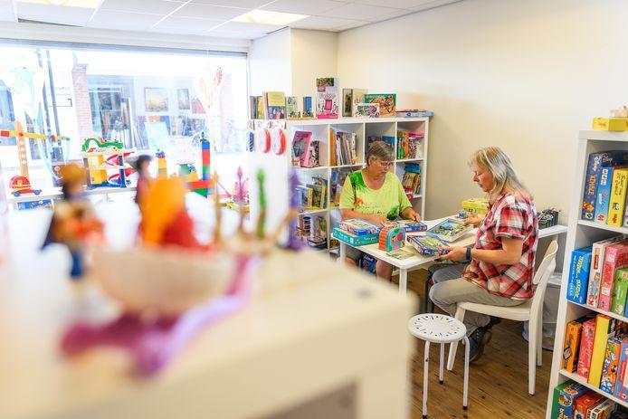 De speelgoedbank in Almelo opereert nu alleen nog vanuit de locatie Inloop aan de Aa.