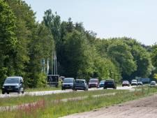 Actie tegen 'raceauto's' op Harderwijkerweg in Hulshorst