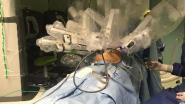 Dunbar-patiënt voor het eerst geopereerd via robotchirurg
