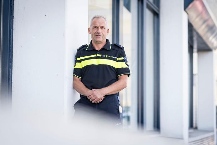Johan Stam, expert mensenhandel en verantwoordelijk voor het Prostitutie Controle Team. Foto: Emiel Muijderman