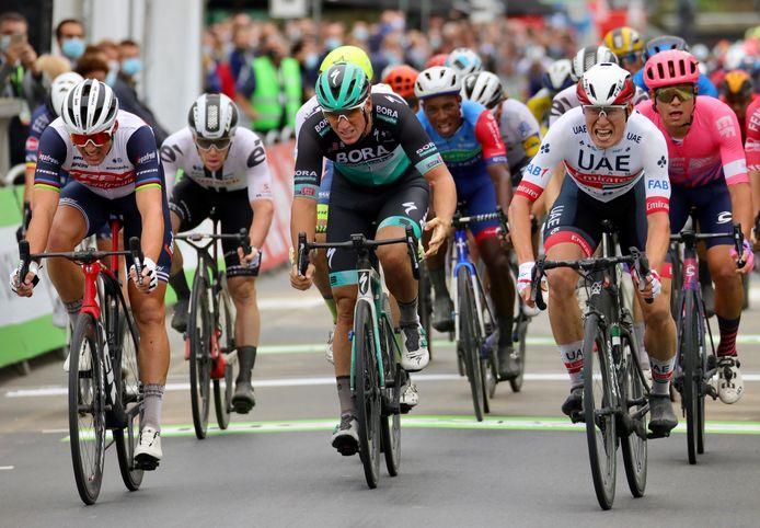 Philipsen won dinsdag de eerste etappe.