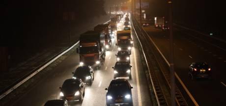 Grote vertraging op A58 richting Oirschot: verkeer vast tot in Tilburg