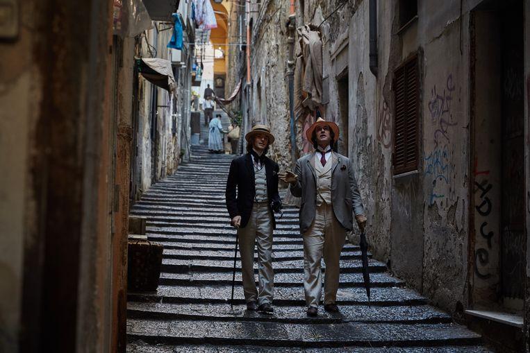 Colin Morgan (links) en Rupert Everett in The Happy Prince. Beeld null