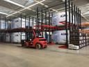 Containers van ASML bestemd voor grote vrachtvliegtuigen, opgeslagen bij Wilvo.