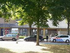 Politiemacht naar basisschool Pius 10 vanwege masker