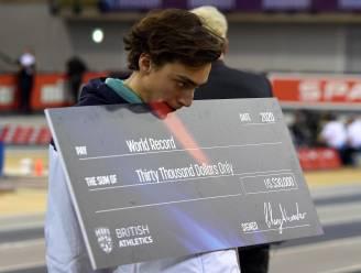 Zweedse sensatie Duplantis zorgt alweer voor nieuw wereldrecord polsstokspringen