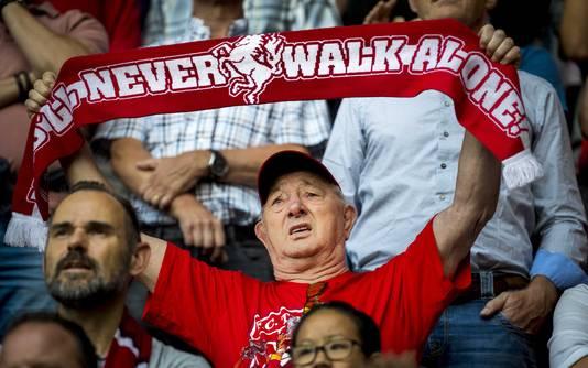 FC Twente supporters tijdens de wedstrijd tegen Sparta Rotterdam in De Grolsch Veste.
