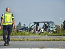 Gewonde bij ernstige aanrijding op Letschertweg in Tilburg