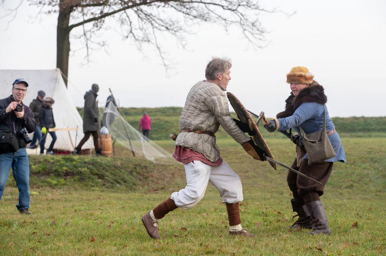 Zwaardgevechten bij Winter op het Fort