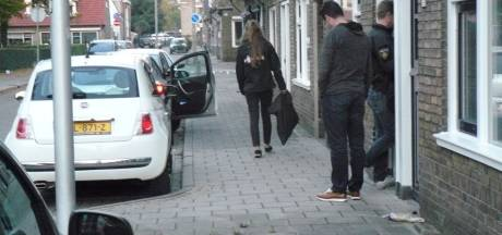 Cyber-recherche doorzoekt woning in Almelo na inval arrestatieteam