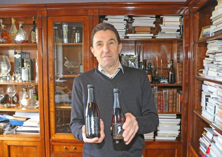 Hugo Mertens met zijn Koperen Markies-bieren